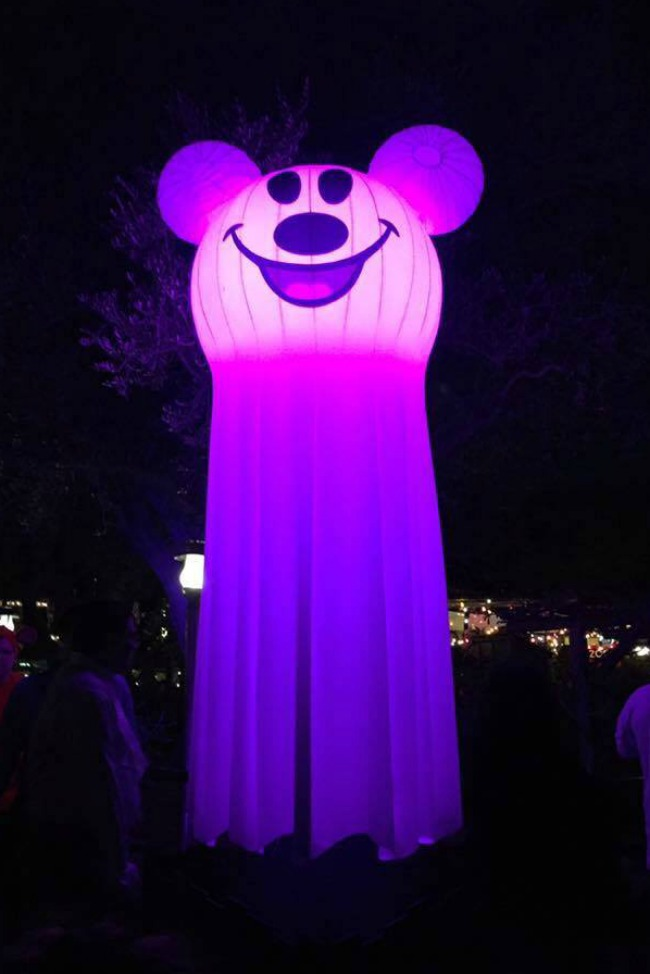 Mickey's Halloween Party at Disneyland and What You Need to Know!