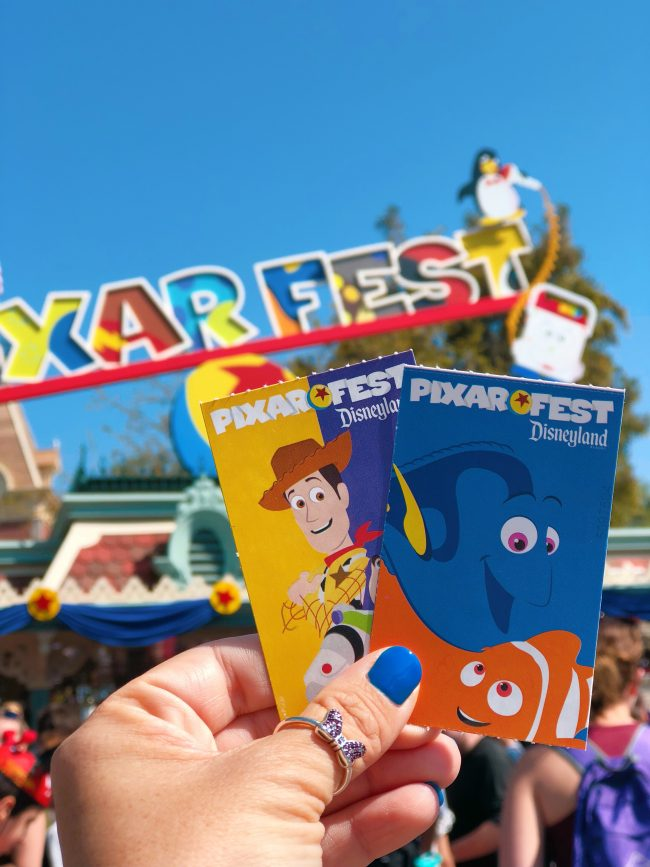 From Cheeseburger Pizza To Alien Parfaits, Check Out Our Top 15 Disneyland Pixar Fest Foods! #Disneyland #PixarFest